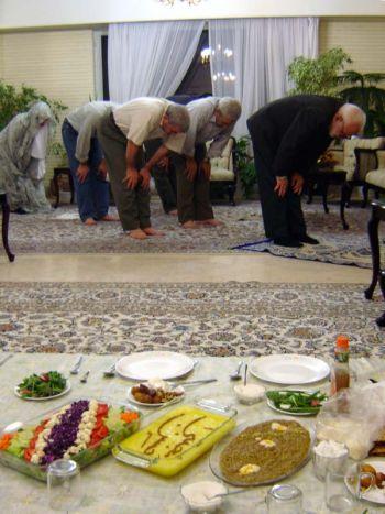 סיום היום בצום הרמדאן  ובו מוגשת סעודת האִפטאר.
